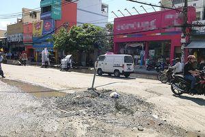 Sốt ruột với 2 công trình trên đường Huỳnh Tấn Phát