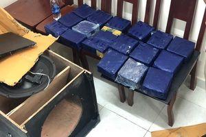 Bắt 2 đối tượng dùng loa thùng ngụy trang 19kg ma túy đá