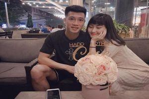 Nhận 1 tỷ đồng từ trận chung kết, bạn gái cầu thủ Việt Nam nói gì?