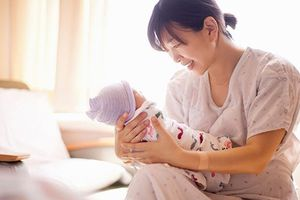 Có đủ điều kiện hưởng chế độ thai sản?