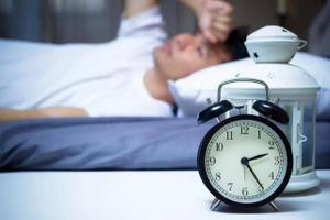 Cách thoát khỏi chứng mất ngủ vào ban đêm