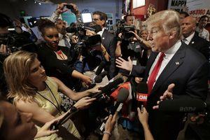 Tổng thống Trump hủy tiệc Giáng sinh tại Nhà Trắng dành cho báo chí