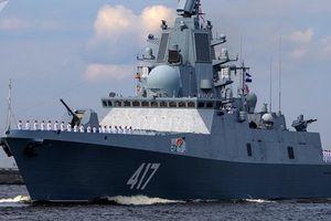 Chiến hạm Nga bắn tên lửa Kalibr nghiền nát mục tiêu cách xa 700km