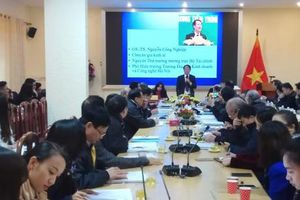 Ứng xử thế nào với kinh tế phi chính thức ở Việt Nam?