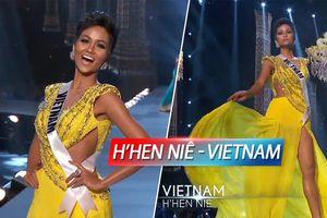 H'Hen Niê tung váy thi Trang phục dạ hội: Ngôi sao vàng Việt Nam 'chiếm trọn spotlight' Miss Universe