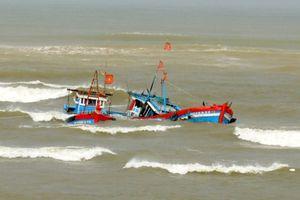 Tàu cá bị lật, 3 thuyền viên mất tích trên vùng biển Vũng Tàu