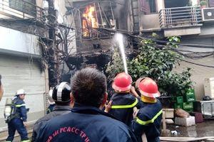 Cháy lớn tại quán karaoke số 75 Nguyễn Khiết, Hoàn Kiếm