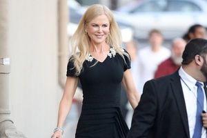 'Thiên nga nước Úc' Nicole Kidman đẹp mặn mà, quý phái ở tuổi 51