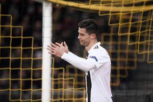 '50 sắc thái' biểu cảm của Ronaldo ở trận thua trước Young Boy