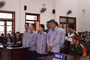 Buôn lậu gần 5 triệu lít xăng tại cảng Cam Ranh, 8 người lĩnh án