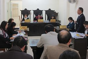 Tòa bác quyết định thu hồi bằng tiến sĩ của Bộ trưởng Bộ Giáo dục
