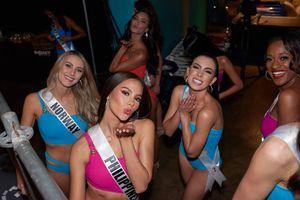 Mỹ nhân Hoa hậu Hoàn vũ đọ dáng nóng bỏng