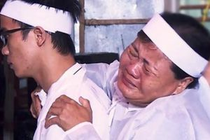 Bình Định: Lũ dữ vừa rút, dân lo 'sốt vó' chờ lũ mới