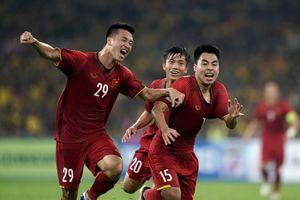 BLV Quang Tùng: 'Trước Việt Nam, Malaysia không thể chơi thứ bóng đá như họ mong muốn'