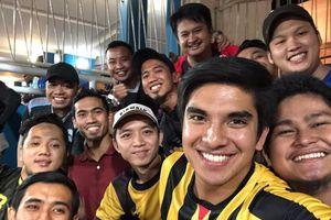 Bộ trưởng trẻ nhất Malaysia đến sân Mỹ Đình xem trận chung kết lượt về