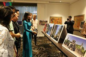 Triển lãm Tranh sơn mài và ảnh nghệ thuật Việt Nam tại Australia