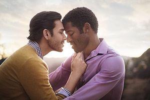 Mại dâm đồng giới và những hiểm họa khôn lường