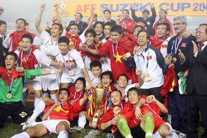 Các nhà cựu vô địch năm 2008 'tiếp lửa' tinh thần cho đội tuyển Việt Nam