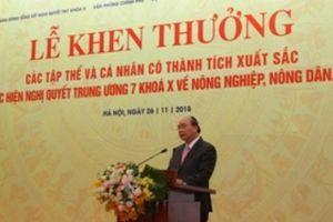 Thủ tướng Chính phủ tặng Bằng khen cho Agribank vì có thành tích xuất sắc trong thực hiện Nghị quyết 26