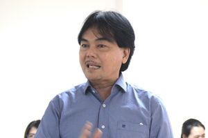 'Để học sinh hạnh phúc, chúng tôi sẵn sàng chi 300 triệu mời Sơn Tùng MTP'