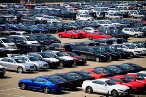 Trung Quốc tạm dừng tăng thuế nhập khẩu đối với ô tô của Mỹ