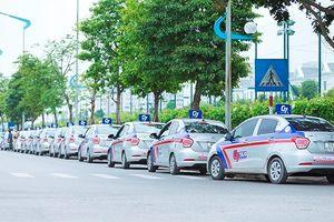 Hàng loạt hãng taxi truyền thống bắt tay, liệu có làm nên chuyện?