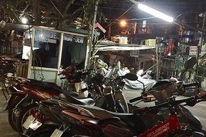 Tại phường Giảng Võ, Hà Nội: Biến sân chơi chung thành nơi bán hàng, trông xe