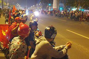 'Quái xế' ở Sài Gòn đua xe náo loạn sau khi Việt Nam vô địch bóng đá