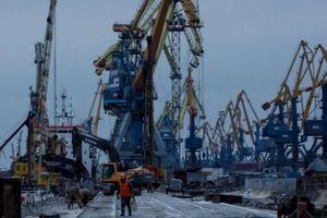 Ukraine ngấm đòn sau vụ đối đầu với Nga ở eo biển Kerch
