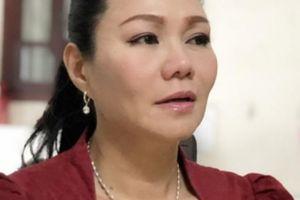 Ngọc Huyền bật khóc vì liveshow cải lương bị hủy vào phút chót