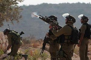 Quân đội Israel bắn vào người biểu tình ở Bờ Tây