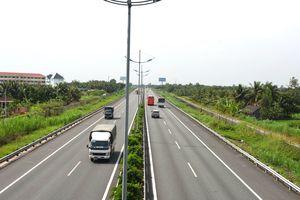 Mở đợt cao điểm xử lý vi phạm giao thông trên cao tốc TP.HCM - Trung Lương