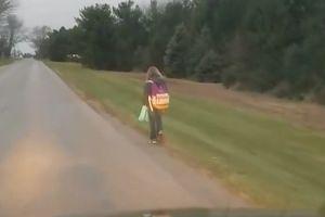 Cách phạt con đi bộ 8km đến trường trong thời tiết lạnh giá gây tranh cãi