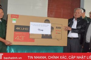 Bàn giao nhà tình nghĩa cho cựu chiến binh ở Hương Sơn