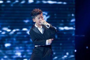 Sau khi gây sốt với 'Ngắm hoa lệ rơi', thí sinh bị cho là cài cắm vào 'The Voice Kids' đắt show như ngôi sao