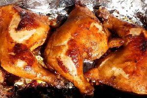 Cách làm món gà nướng giấy bạc thơm ngon hấp dẫn cho ngày đông lạnh