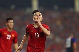 Quang Hải bất ngờ đăng status 'trả nợ' sau chức vô địch AFF Cup 2018