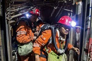 Đứt tời kéo khai thác mỏ ở Trung Quốc, 7 công nhân tử vong