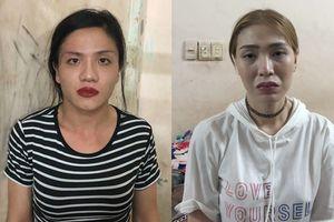 Bắt 2 thanh niên giả gái rủ người nước ngoài đi 'bão' rồi cướp điện thoại