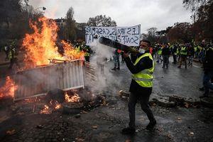 Tương lai xám quân đội châu Âu: Bóng dáng 'áo ghile vàng'