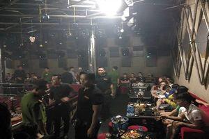 Bắt quả tang gần 80 nam nữ đang phê ma túy trong quán bar 162