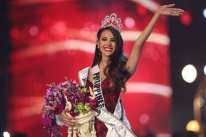 'Hoa hậu Hoàn vũ 2018' Catriona Gray: Cú lội ngược dòng ngoạn mục từ 'Miss World 2016'