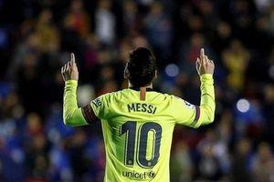 Messi lập hat-trick trong ngày Barcelona vùi dập Levante