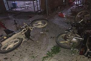 Đang nhậu trên vỉa hè, 3 người bị xe khách đâm thương vong