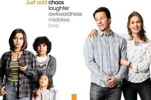 Mark Wahlberg 'lên bờ xuống ruộng' với ba đứa con nuôi trong phim mới 'Con Nuôi Bất Đắc Dĩ'