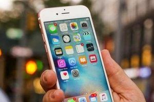 4 mẹo dùng iPhone đỡ hại mắt mà nhiều người không biết