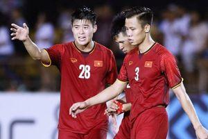 Tranh cãi vì đội hình siêu sao AFF Cup vắng bóng hàng thủ của ĐT Việt Nam