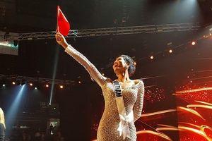 H'Hen Niê cảm ơn 'cả thế giới' sau khi lọt top 5 Miss Universe