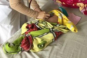 Bé trai 2 tháng tuổi nguy kịch vì bệnh ho gà, bác sĩ cảnh báo cha mẹ không chủ quan