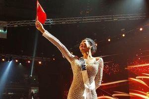 H'Hen Niê đã có chia sẻ đầu tiên sau khi ghi danh Top 5 Miss Universe